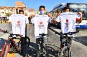 """Büyükşehir Belediyesi'nden 'Koronavirüse karşı dikkat!"""" tişörtü"""