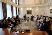 İmamoğlu Fatih'in Tablosunu Osmanlı Hanedanı Fertleriyle Buluşturdu