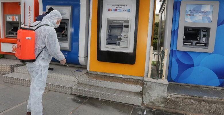 Yenimahalle'de dezenfekte aralıksız sürüyor