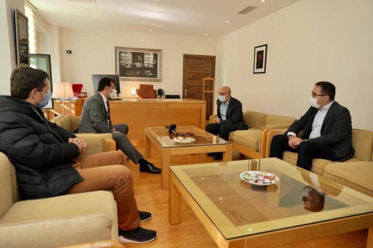 """İmamoğlu İzmir'de: """"Deprem Türkiye'nin Bağımsızlık Sorunudur"""""""