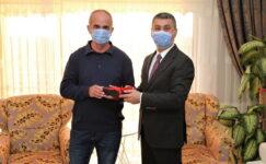 Gölbaşı Belediye Başkanı Ramazan Şimşek ortaokul öğretmeniyle buluştu