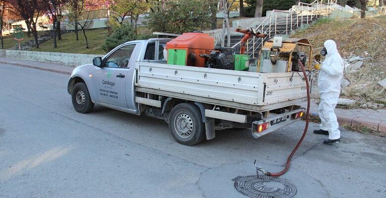 Çankaya'Da mazgal, rögar ve bataklık alanlar ilaçlanıyor