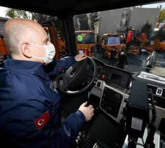 Ulaştırma Bakanı Karaismailoğlu, MAN'ı test etti