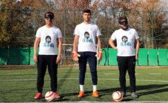 Engelli sporcular mesajını Maradona'lı formayla verdi