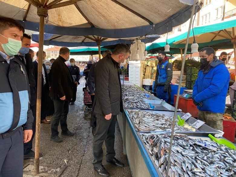 Pursaklar'da Pazar Yerlerinde Sıkı Denetim