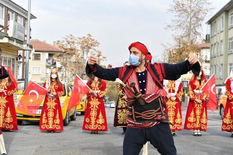 Atatürk'ün Ankara'ya Gelişi Mamak'ta Kutlandı