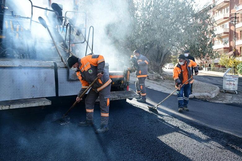 Mamak'ın bir yıllık asfalt mesaisi
