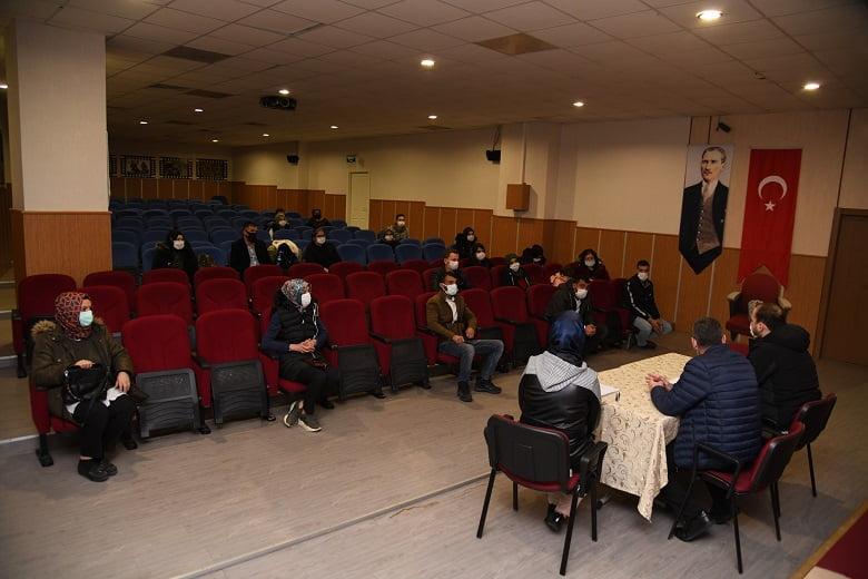 Pursaklar Belediyesi İstihdam Şefliği Vatandaşlara İş Kapısı Aralıyor