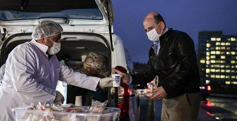 Büyükşehir'den hasta ve hasta yakınlarına sıcak çorba
