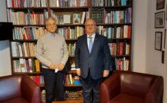 Başkan Akıllı, Karayalçın'ı ziyaret etti
