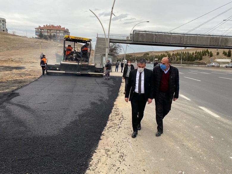 Pursaklar Belediyesinden Sıcak Geçen Kış Aylarında Asfalt Atağı
