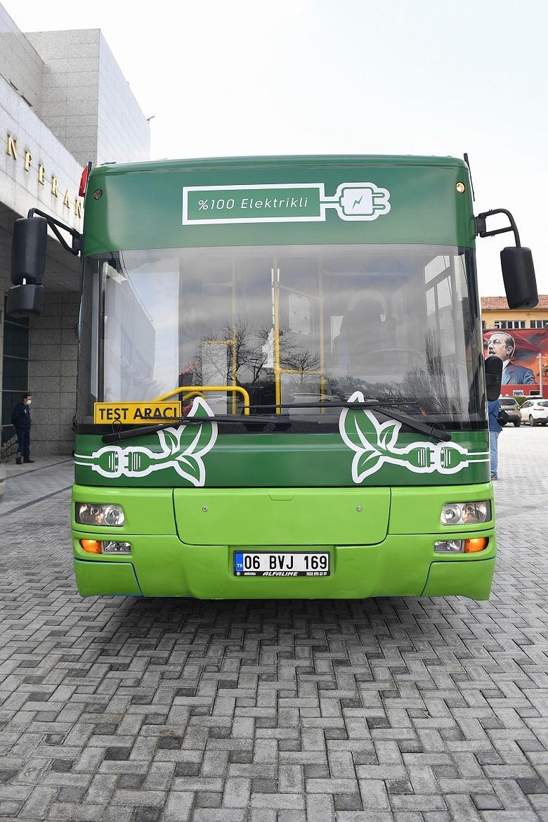 Türkiye'de bir ilk: Dizelden dönüştürülmüş %100 elektrikli otobüs üretildi