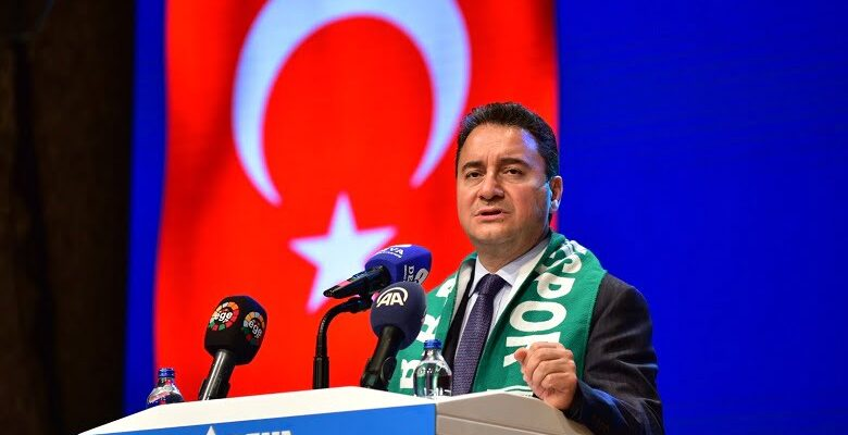 Babacan: 'Kimsenin Türkiye'yi 1990'lı yıllara döndürmeye hakkı yok'