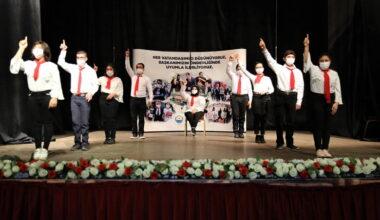 UYUM'lu Öğrencilerden İstiklal Marşı