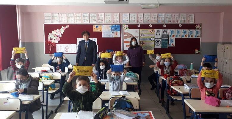 Çankaya'dan öğrencilere ve öğretmenlere sağlık seti