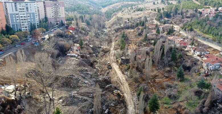 Büyükşehir'in atıkla mücadelesi devam ediyor