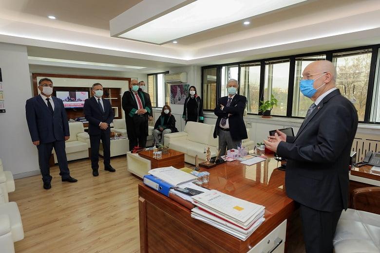 Başkan Yaşar, Avukatlar Günü'nü kutladı