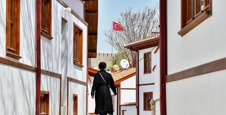 Ankara Kalesi'nde tarih gün yüzüne çıkıyor