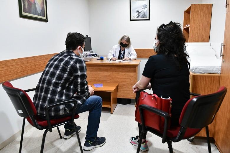 Evlenecek çiftler ücretsiz SMA testine yoğun ilgi gösteriyor