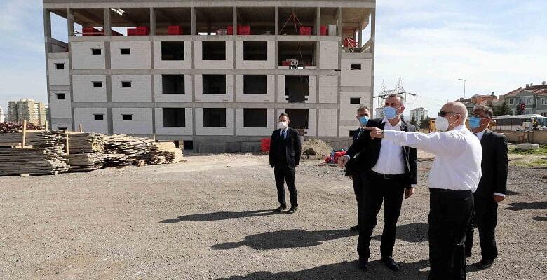 """Yaşar """"Ata Mahallesi'nin gelişimine katkı sunacak"""""""