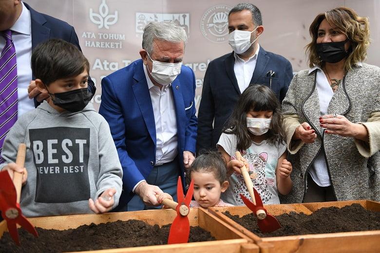Başkentte ata tohumları toprakla buluştu