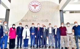 Mamak Devlet Hastanesi'nde Aşı Mesaisi