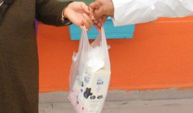 Çankaya Belediyesi'nden çocuklara süt dağıtımı