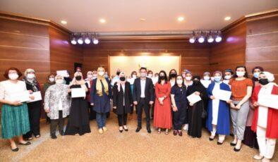 Pursaklar Belediyesi Saray Hanım Evinde Mezuniyet Sevinci