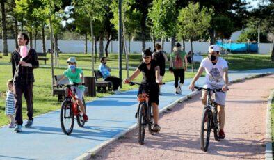 Çankaya parkları Ankaralıları bekliyor