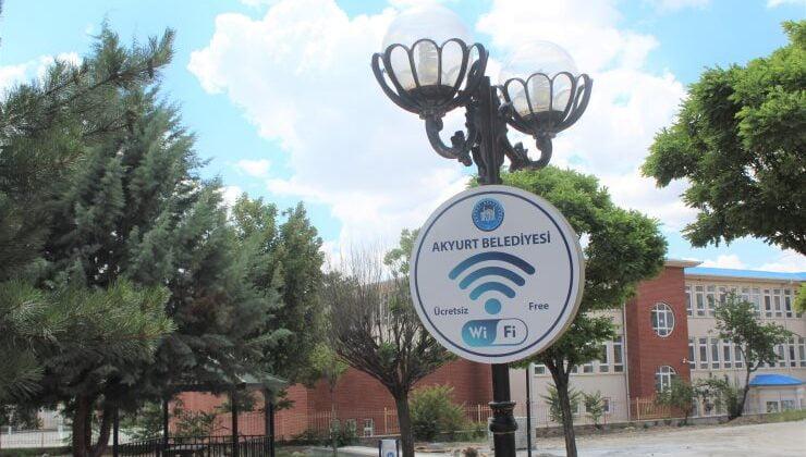 Parklarda ücretsiz internet dönemi başlıyor
