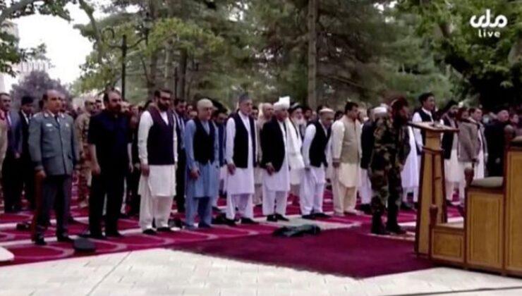 Afganistan'da bayram namazında roketli saldırı