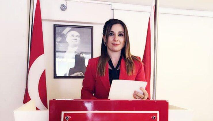 Antalya Kumluca'da CHP Kadın Kolları Başkanı istifa etti
