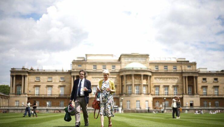 İngiltere tarihinde bir ilk: Sarayın bahçesinde piknik