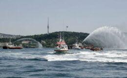 İstanbul'da Kıyı Emniyeti'nden saygı seyri