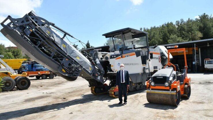 İzmir Karabağlar'da asfaltlama atağı
