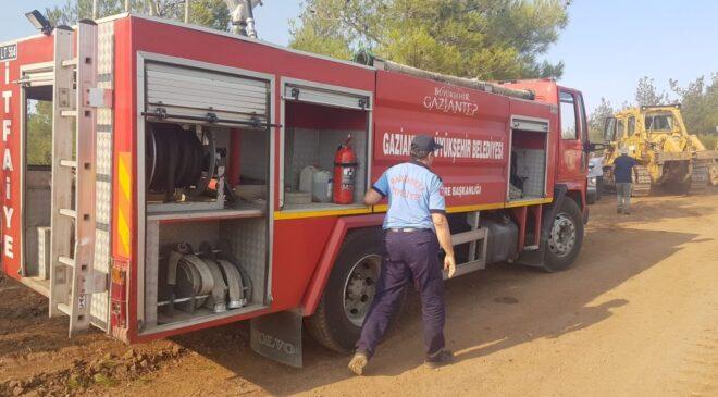 Kilis'te başlayan yangına müdahaleye Gaziantep'ten takviye ekip