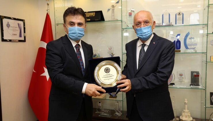 Kandazoğlu'ndan Başkan Yaşar'a teşekkür ziyareti