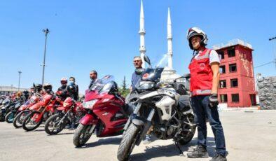 Ankara'da gönüllü motosikletlilere yangın eğitimi