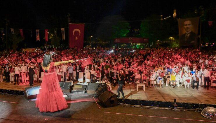 Başkent'te Kırmızı Beyaz 30 Ağustos Zafer Bayramı Coşkusu