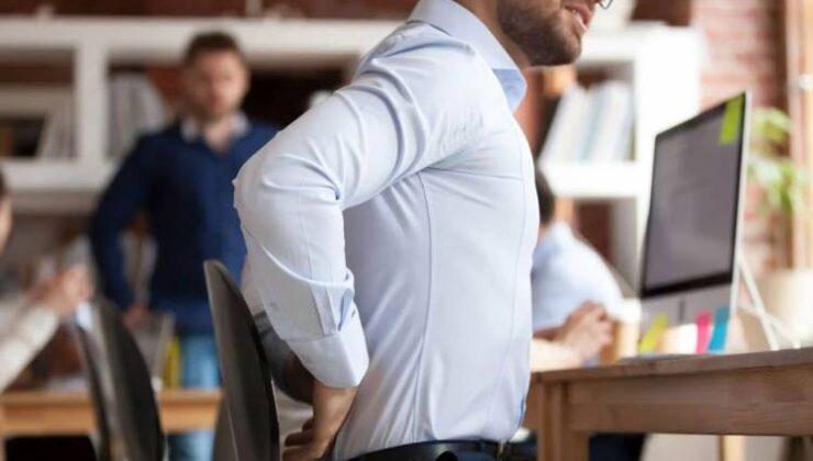 Masa başı çalışanlarını tehdit eden sorun!