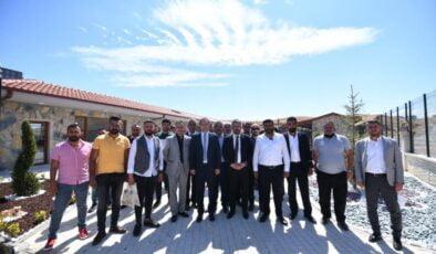 Başkan Ertuğrul Çetin Berberlerle Buluştu