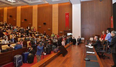 """Mansur Yavaş, """"Üniversite Ankara'da okunur"""" sözünü tuttu"""