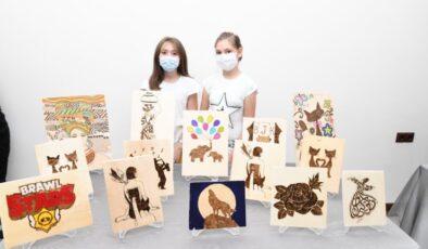 Mamak'ın genç sanatçıları eserlerini görücüye çıkardı