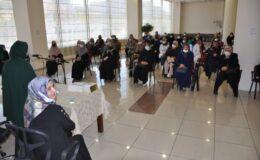 Pursaklar'da Emine Şenlikoğlu Konferansına Yoğun İlgi