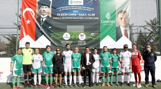 Çankaya Belediyesi 15 Ekim Dünya Beyaz Baston Körler ve Güvenlik Günü'nde farkındalık maçı düzenledi