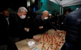 Bursa İnegöl Belediyesi kandil helvası dağıttı