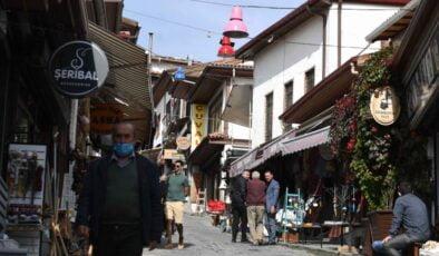 Başkent turizminin kalbi Ankara Kalesi ışıl ışıl