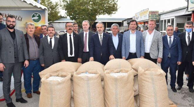 Bursa'da çiftçi kazanıyor, ürünler değerleniyor