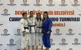 Manisalı judocular 1.'lik kupasını kazandı