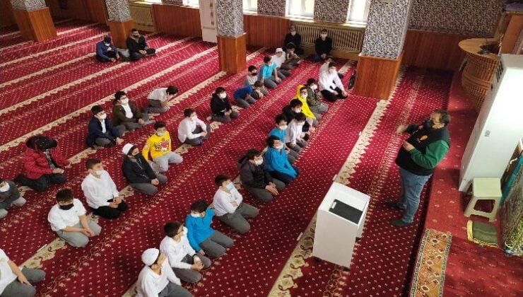 Kcoaeli Darıca'da camide yangın eğitimi verildi